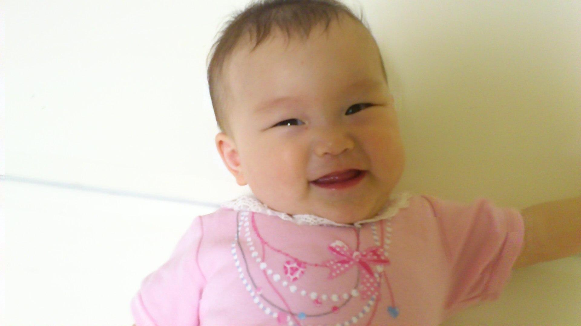 次女、6ヶ月。
